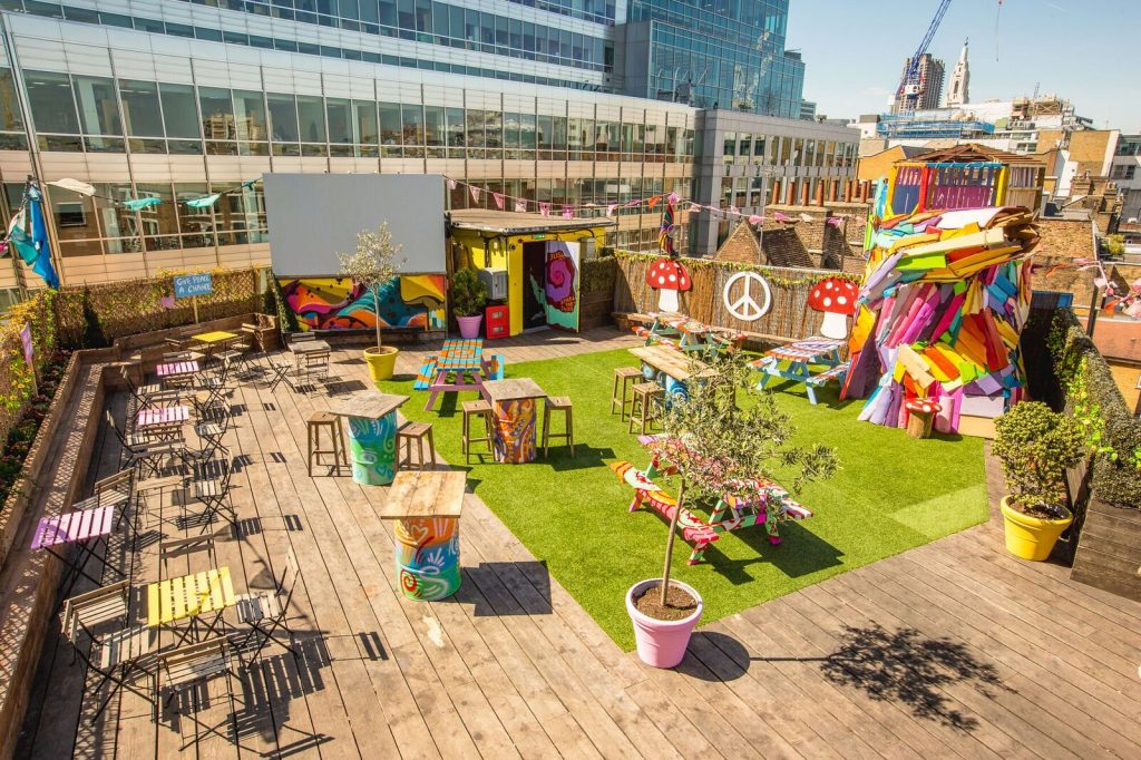 queen of hoxton rooftop trendy venues shoreditch