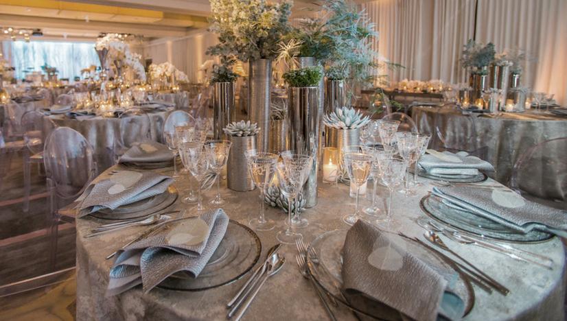 wedding decor for a winter wedding