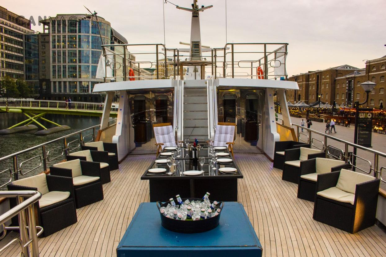 absolute pleasure yacht